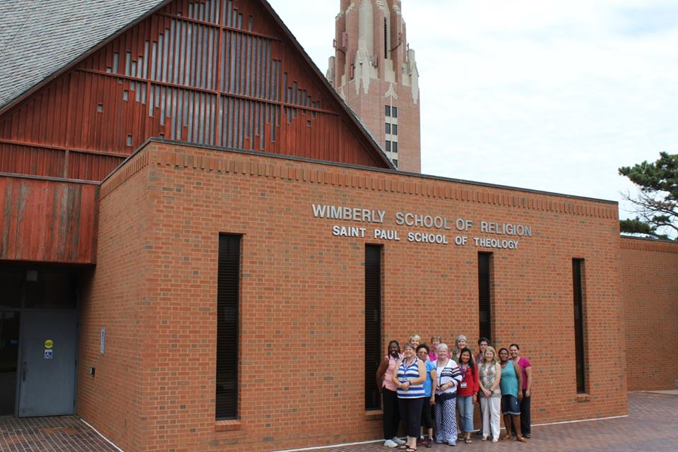 Deaconesses and Home Missioners in the United Methodist Church pictured in front of Wimberly School of Religion at Saint Paul School of Theology