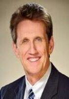 headshot of Reverend David Wiggs